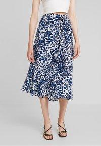 Whistles - BRUSHED LEOPARD WRAP SKIRT - Wrap skirt - blue/multi - 0