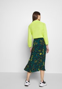 Whistles - ASSORTED LEAVES PRINT SKIRT - A-line skjørt - green/neon yellow - 2