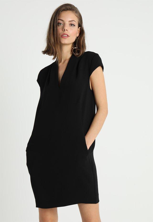 V NECK CREPE DRESS - Vestito estivo - black