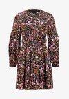 Whistles - MEADOW PRINT FLIPPY DRESS - Freizeitkleid - pink/multi