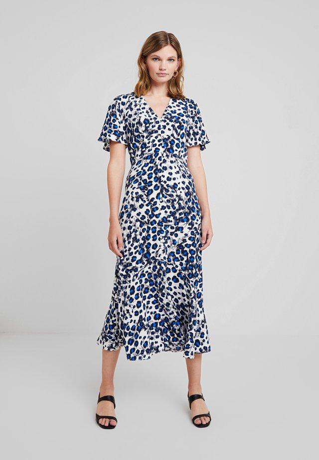 BRUSHED LEOPARD BUTTONDRESS - Maxi dress - white