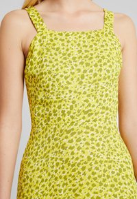Whistles - LLORA CLOUDED LEOPARD DRESS - Maxikleid - yellow/multi - 6