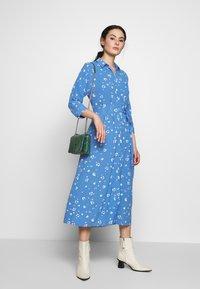 Whistles - WATERCOLOUR SIDE TIE MIDI DRESS - Shirt dress - blue/white - 1