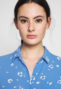 Whistles - WATERCOLOUR SIDE TIE MIDI DRESS - Shirt dress - blue/white - 3