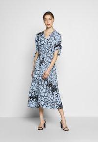 Whistles - NEAVE ANIMAL DRESS - Shirt dress - blue/multi - 0