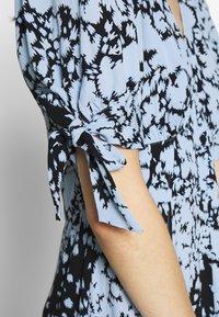 Whistles - NEAVE ANIMAL DRESS - Shirt dress - blue/multi - 5