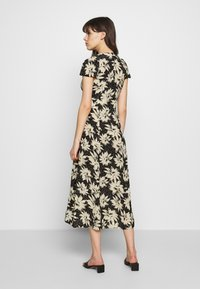 Whistles - STARBURST FLORAL PRINT DRESS - Day dress - black - 3