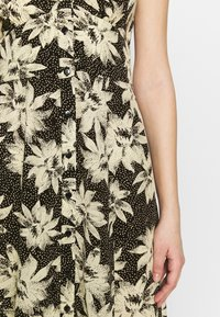 Whistles - STARBURST FLORAL PRINT DRESS - Day dress - black - 8