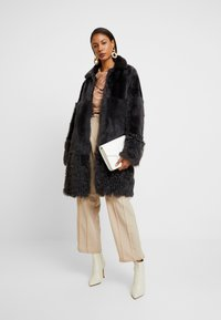 Whistles - COSMA SHEARLING COAT - Winter coat - grey - 1