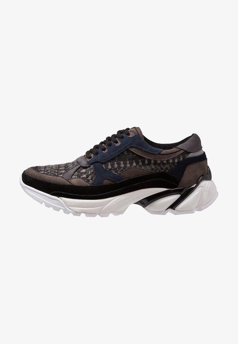 White Mountaineering - VIBRAM SOLE GEOMETRIC - Sneaker low - black