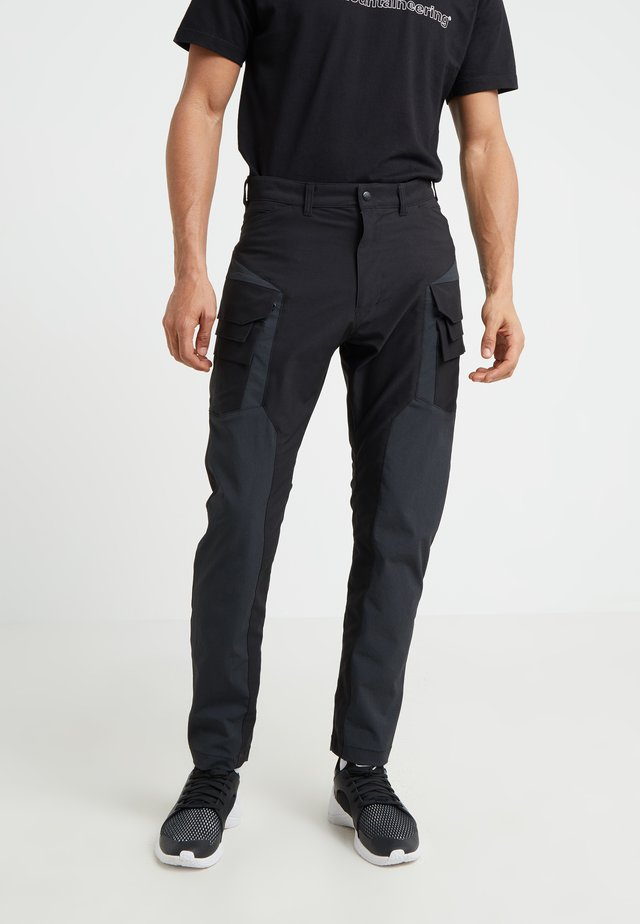 CONRTASTED CARGO TAPEDRED PANT - Cargobyxor - black