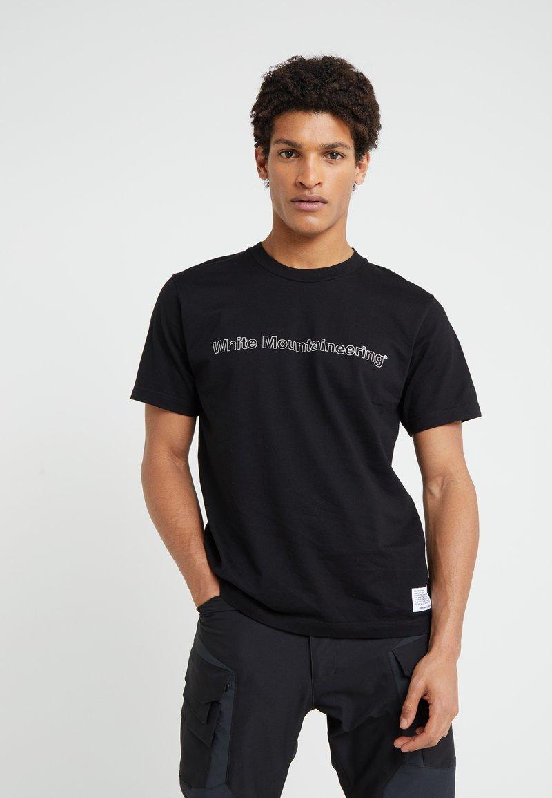 White Mountaineering - T-Shirt print - black