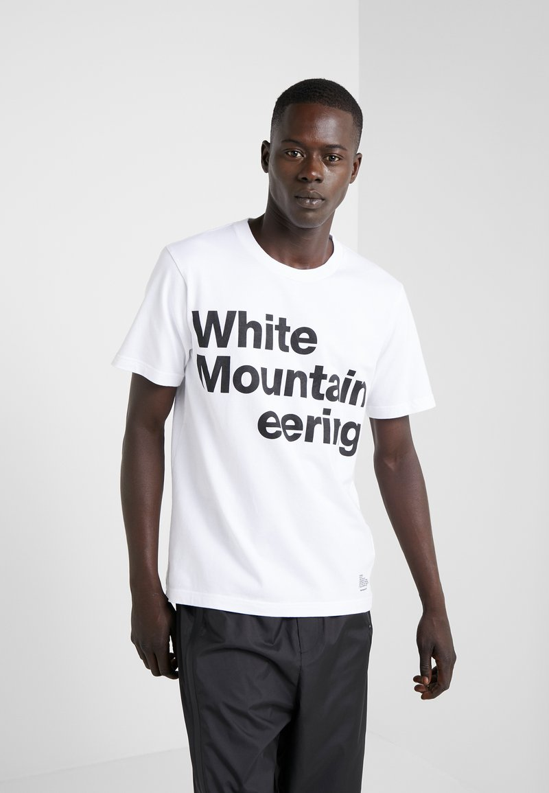 White Mountaineering - T-shirt z nadrukiem - white