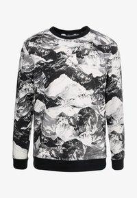 White Mountaineering - MOUNTAIN PRINTED - Langærmede T-shirts - black - 3