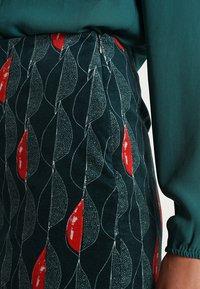 White Stuff - TRAILING LEAVES VELVET SKIRT - A-line skirt - dark green - 4
