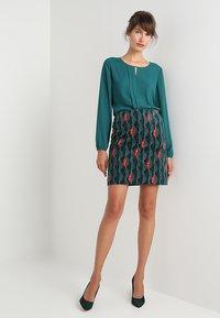 White Stuff - TRAILING LEAVES VELVET SKIRT - A-line skirt - dark green - 1