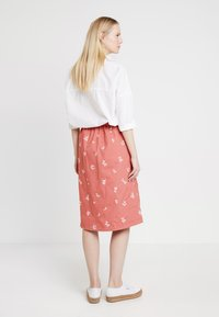 White Stuff - SCENTFUL SKIRT - A-Linien-Rock - washed pink