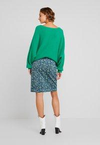White Stuff - CLOCKTOWER HIGH TIDE SKIRT - Pencil skirt - sea - 3