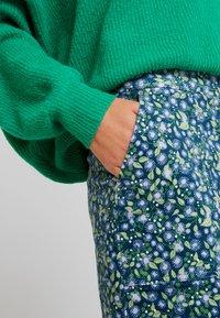 White Stuff - CLOCKTOWER HIGH TIDE SKIRT - Pencil skirt - sea - 5