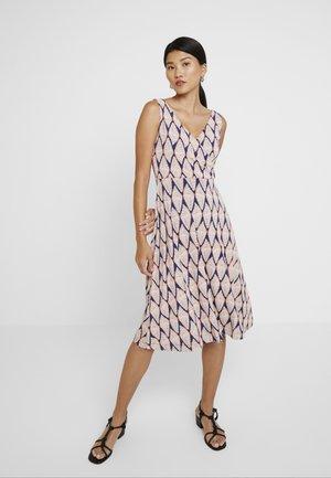 FILLIPA DRESS - Jersey dress - apricot