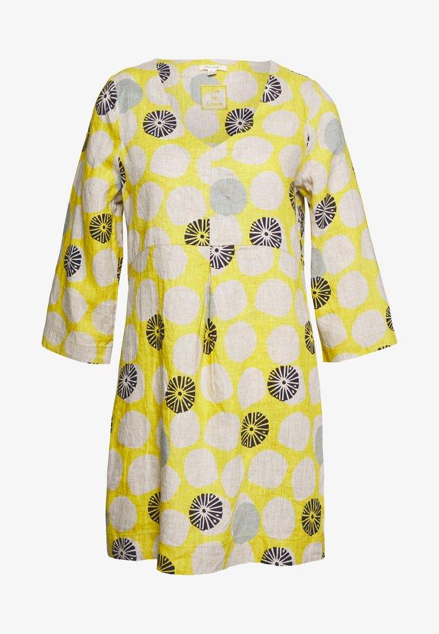 BAILEY TUNIC - Denní šaty - yellow