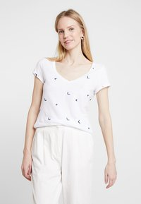 White Stuff - GOOD VIBES TEE - T-shirt print - white - 0