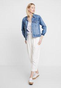 White Stuff - GOOD VIBES TEE - T-shirt print - white - 1