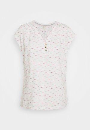 HOLIDAY TEE - T-shirt z nadrukiem - white