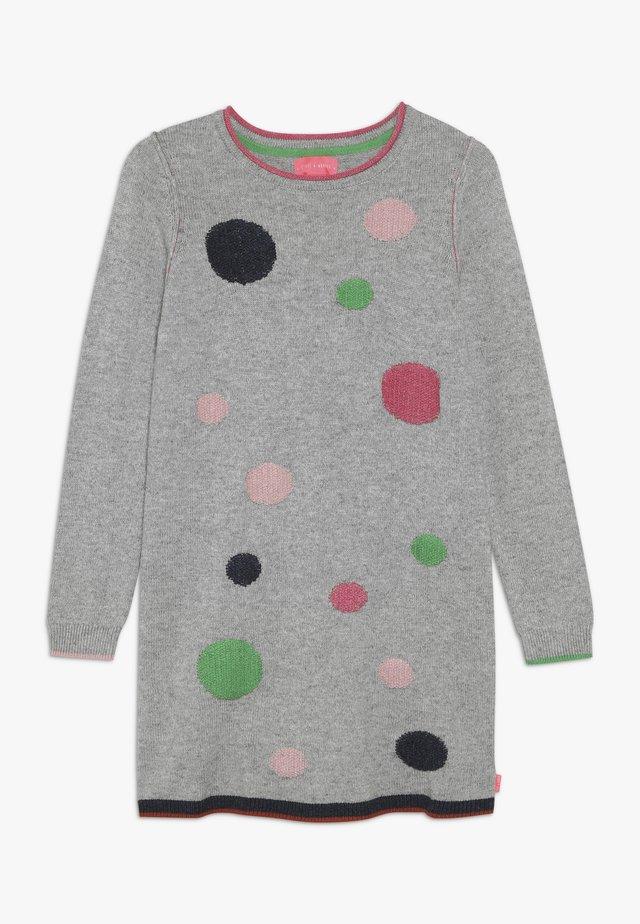 SILVIE SPOT DRESS - Pletené šaty - grey marl