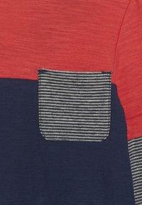 White Stuff - ABSTRACT  - Top sdlouhým rukávem - dark blue/red - 2