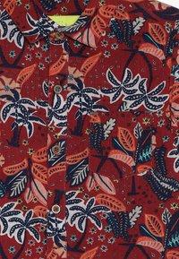 White Stuff - FESTIVAL - Skjorte - ruby red - 2