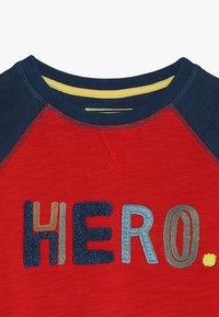 White Stuff - HERO  - Sweatshirt - blue/red - 4