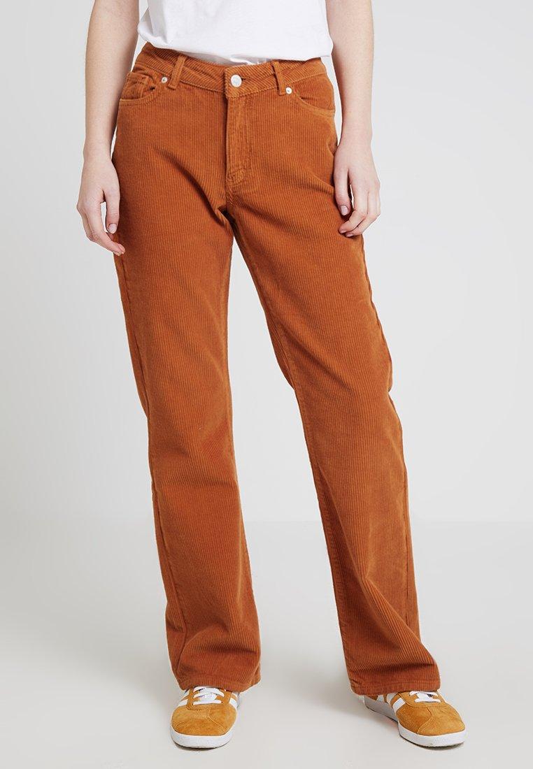 WHY7 - NANNA FLARE - Bukse - orange