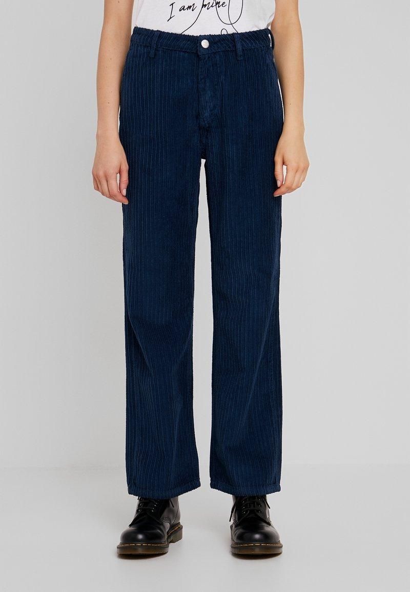 WHY7 - AMANDA PANTS - Bukse - gibral blue