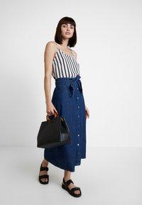 WHY7 - DEBRA LONG SKIRT - A-snit nederdel/ A-formede nederdele - mid blue - 1