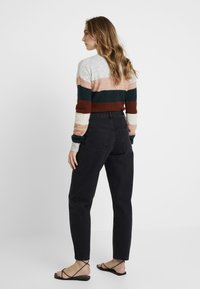 WHY7 - CRISTI CARROT - Relaxed fit jeans - black - 2