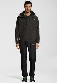 Whistler - MIT STRETCH-FUNKTION - Outdoor jacket - olive - 1