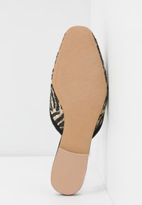Who What Wear - CARA - Slip-ins - brown - 6