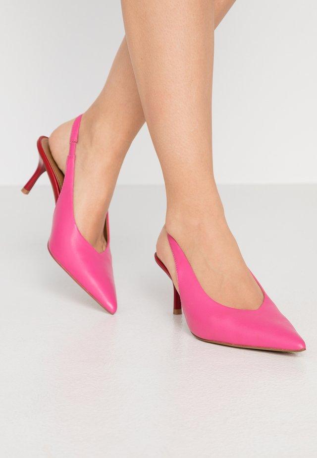ROBYN - Classic heels - magenta