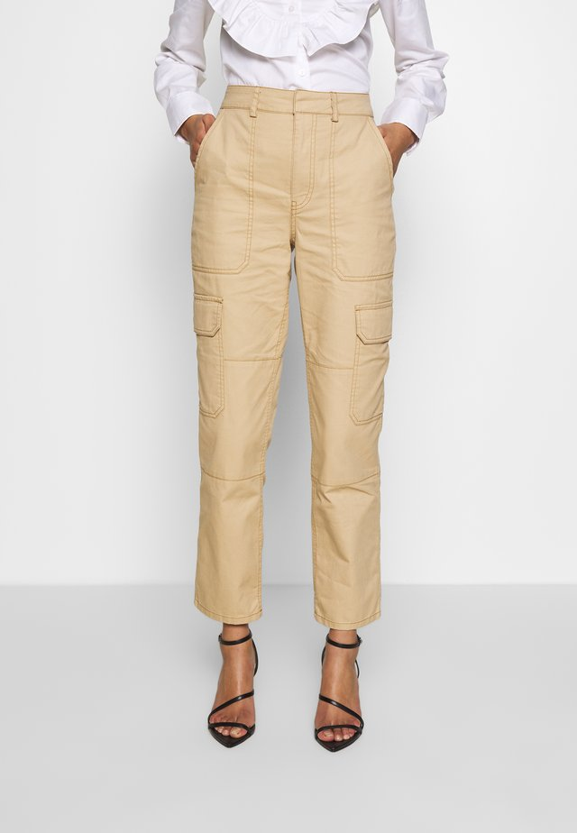 THE UTILITYPANT - Trousers - sand