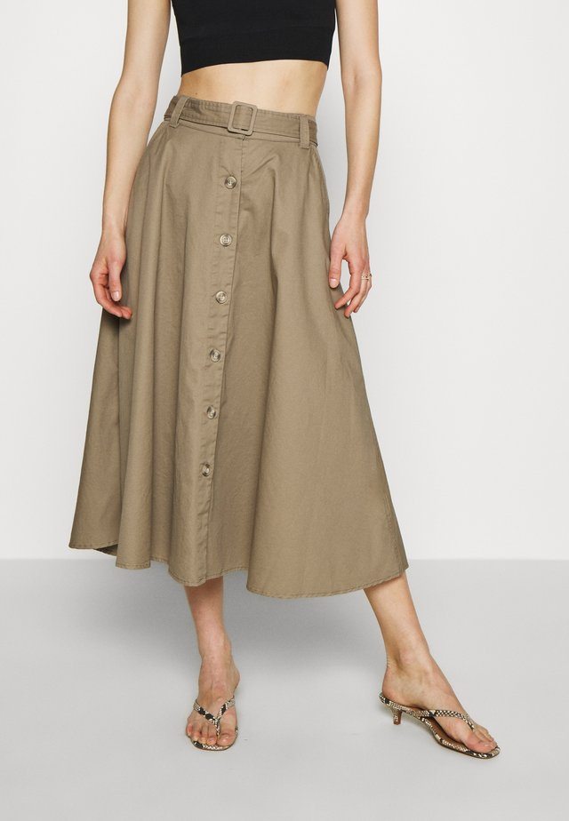 THE BELTED CIRCLE SKIRT - Spódnica trapezowa - light tobacco