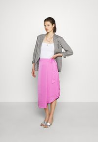 Who What Wear - THE FOLDED DRAPE SKIRT - A-line skirt - lilac - 1