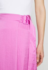 Who What Wear - THE FOLDED DRAPE SKIRT - A-line skirt - lilac - 4