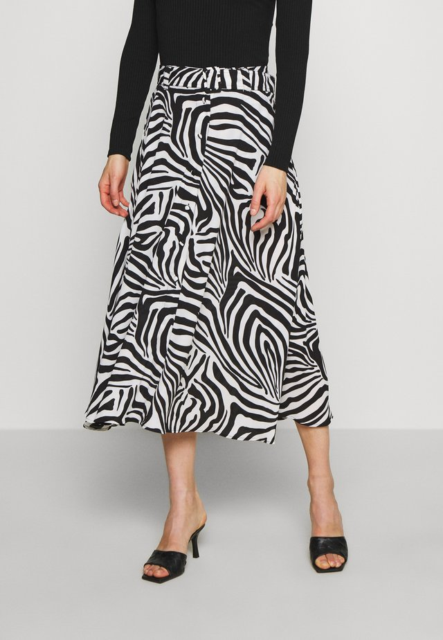 THE BELTED CIRCLE SKIRT - A-linjekjol - white