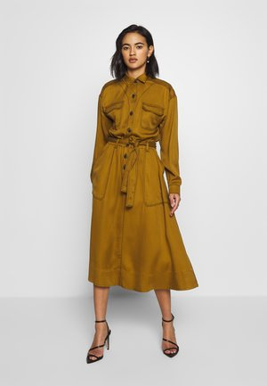 THE UTILITY MIDI DRESS - Shirt dress - army