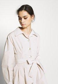 Who What Wear - THE A LINE DRESS - Skjortklänning - off-white - 4