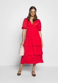 Who What Wear - THE RUFFLE MIDI DRESS - Vestido informal - carmine red - 1