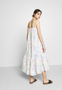 Who What Wear - THE TRAPEZE DRESS - Kjole - off-white - 2