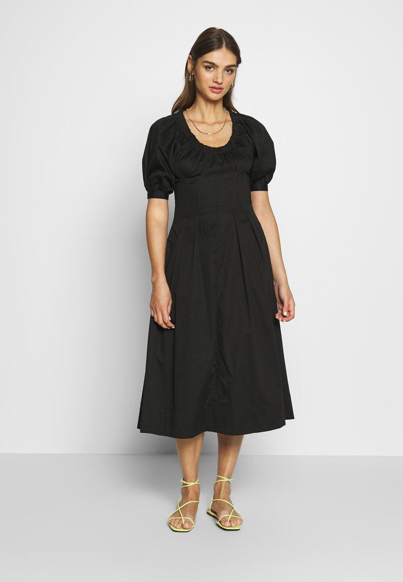 Who What Wear - WAIST DETAIL MIDI DRESS - Kjole - black