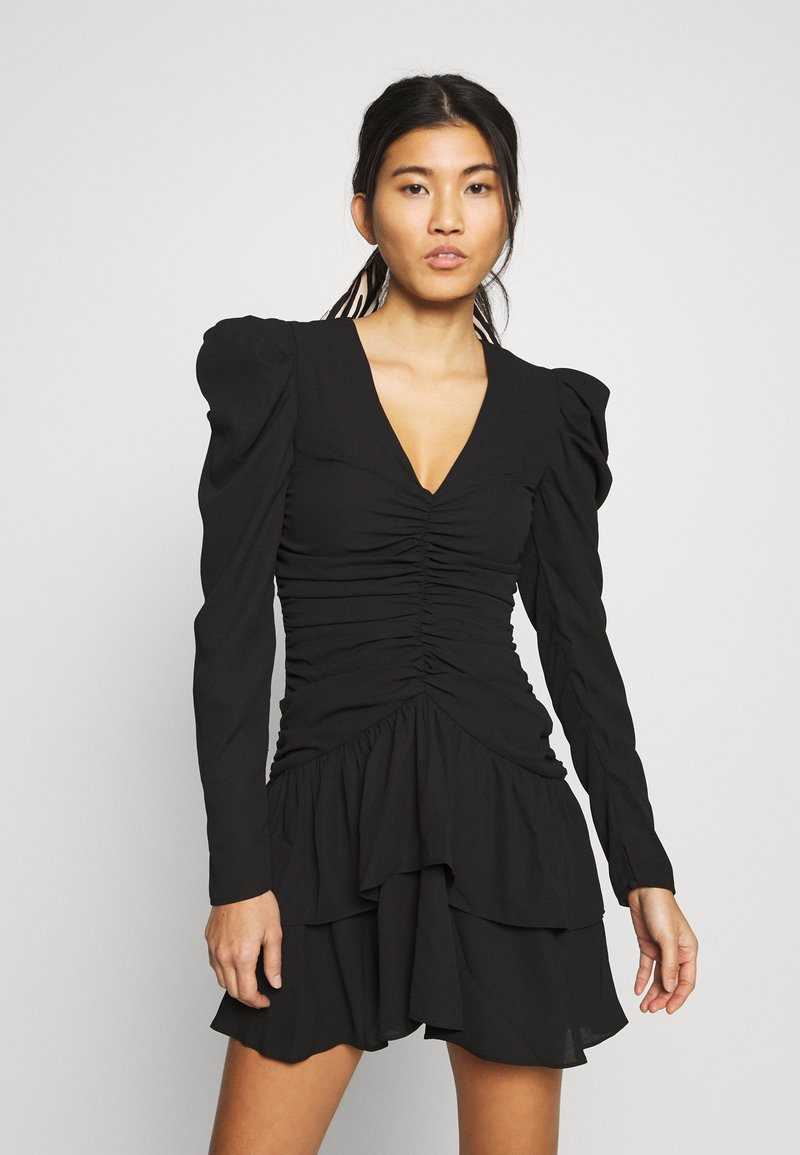 Who What Wear - THE RUCHED MINI DRESS - Cocktailkjole - black